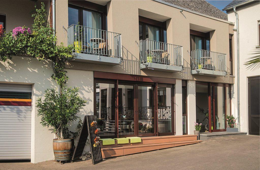 Gästehaus mit Balkon in Nittel an der Mosel
